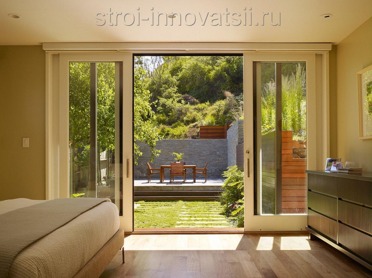 """Уличные стеклянные двери для загородного дома компания """"kelm."""