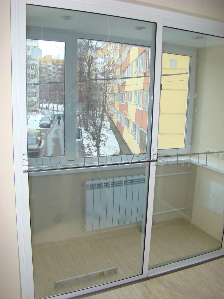 Балконные раздвижные двери.