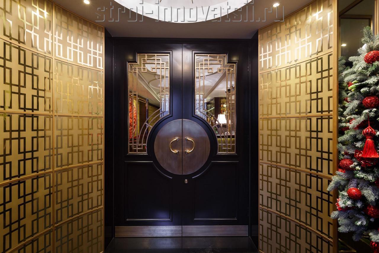 металлические двери для ресторана