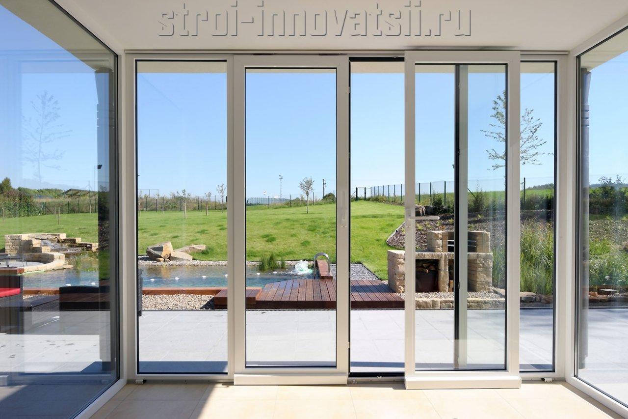 Входные алюминиевые и пластиковые двери.