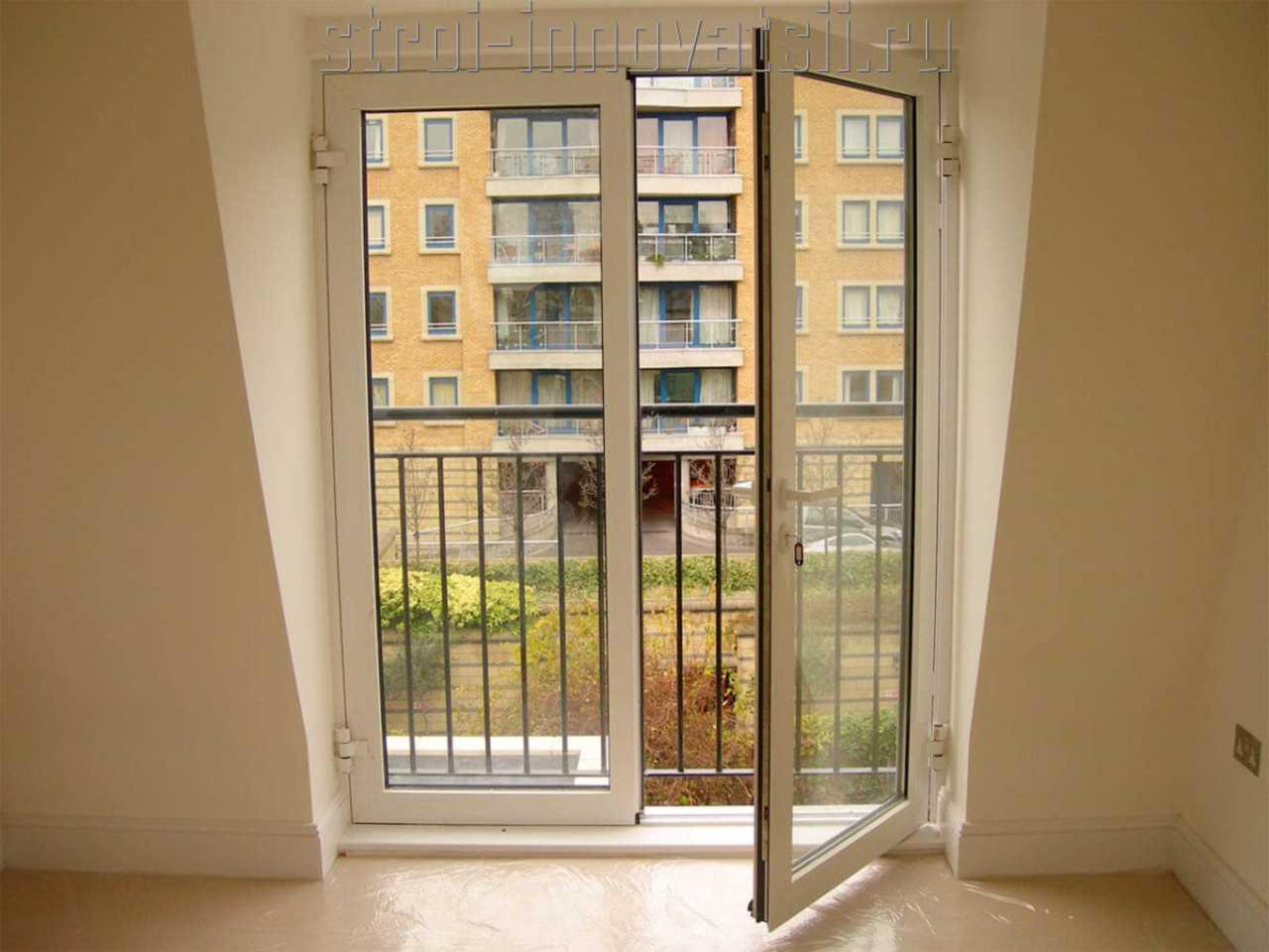 Алюминиевые балконные двери.
